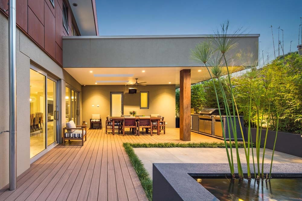 blending inside with outside using a beautiful alfresco area