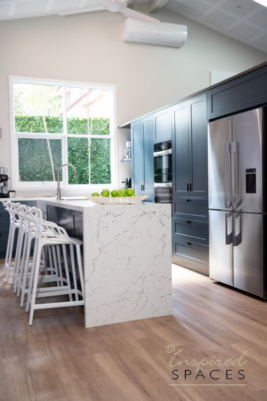 Shaker style kitchen in colour lue