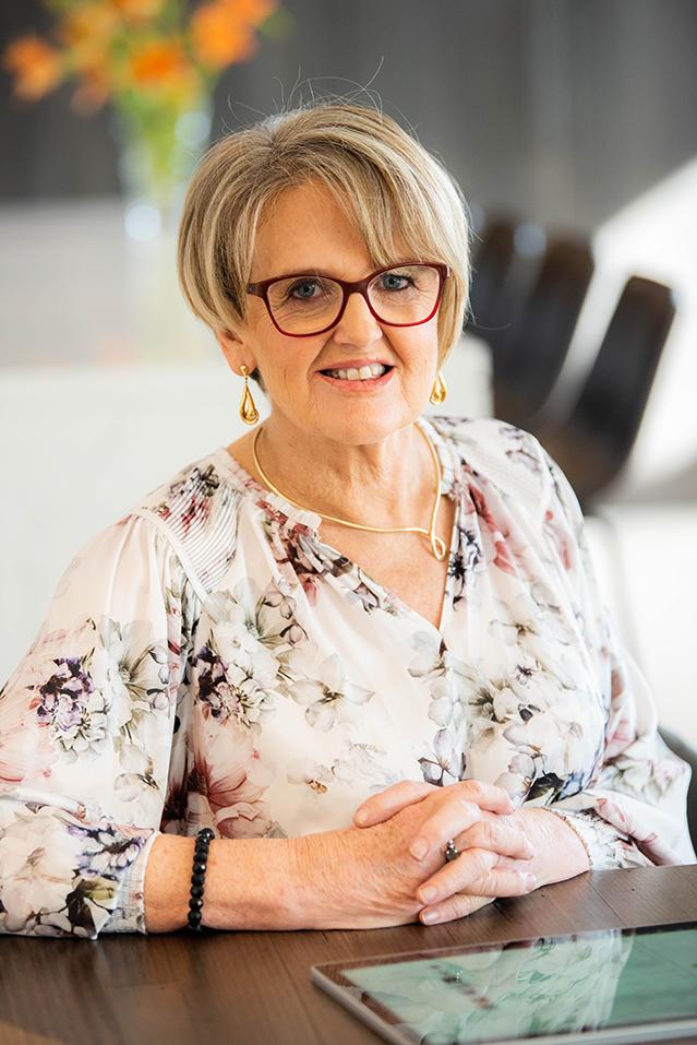 Designer Robyn Hawke