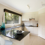 contemporary-kitchen-beaumont-hills